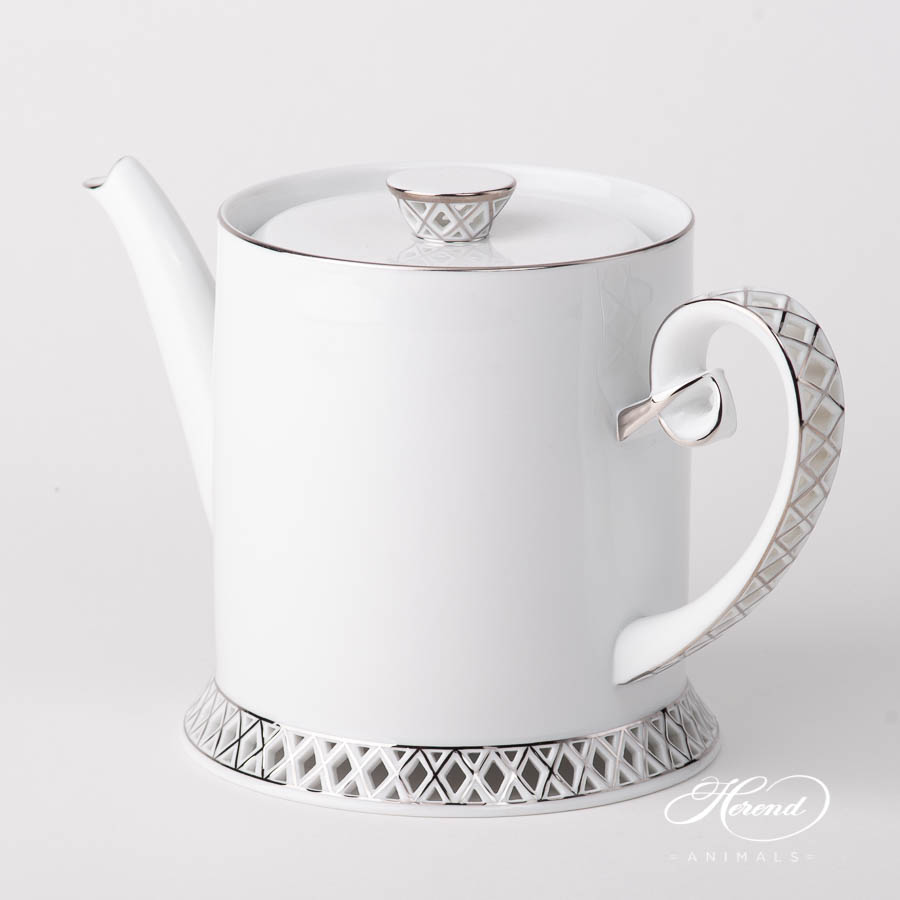Tea Pot 4752-0-00 BABOS-PT Platinum Edge design. Herend fine china
