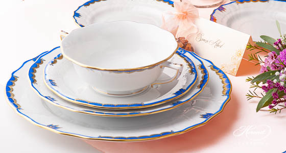 A place setting of Princess Victoria