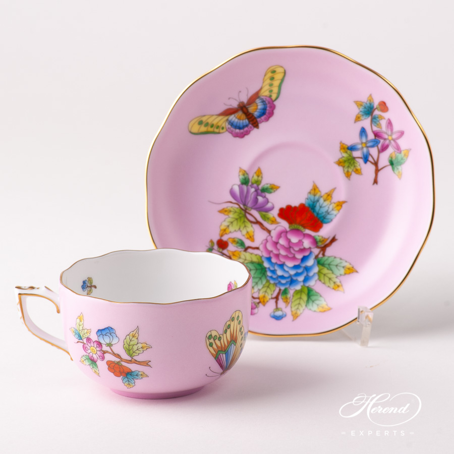 Tea Cup w. Saucer 20724-0-00 VE-FP1 Queen Victoria on Pink background design. Herend fine china