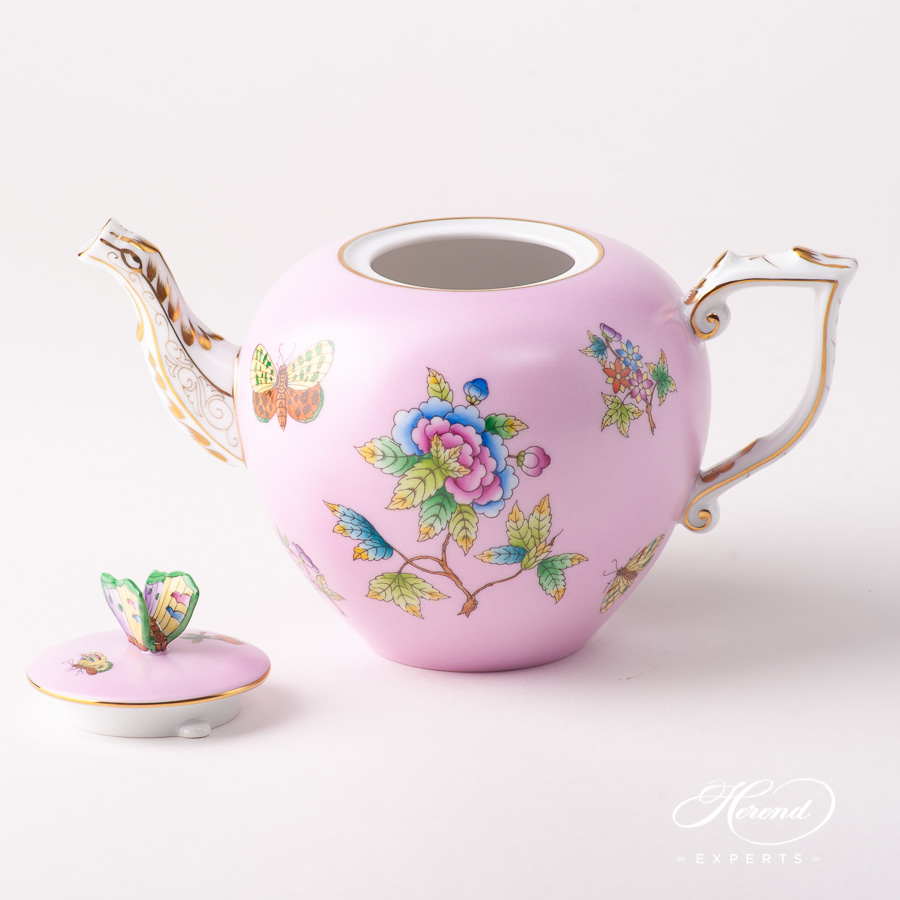 Tea Pot w. Butterfly Knob 20606-0-17 VE-FP1 Queen Victoria on Pink background design. Herend fine china