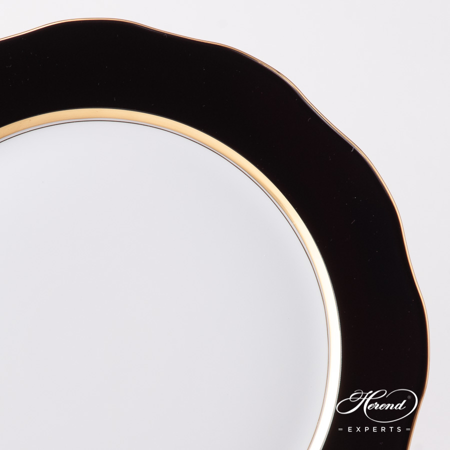 Big Serving Plate / Charger 20156-0-00 CN01 Black Edge pattern. Herend fine china