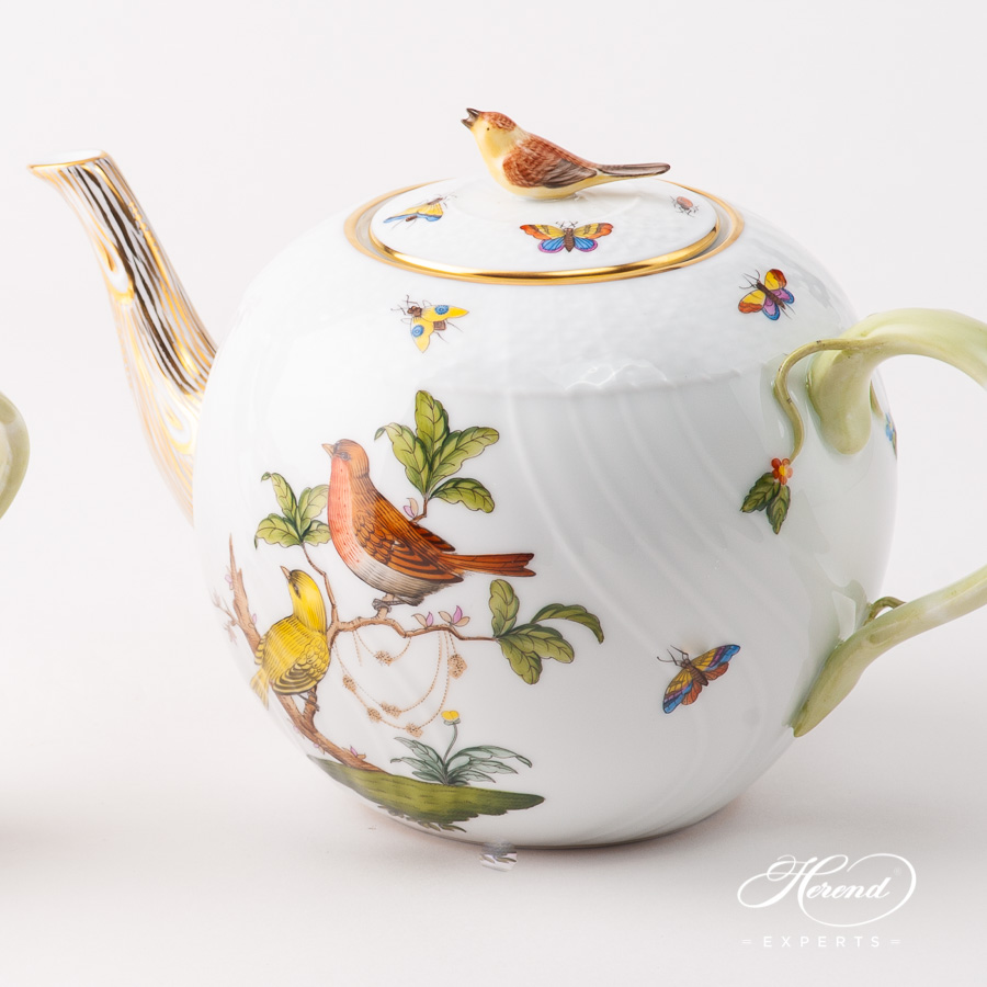 Tea Pot w. Bird Knob 1604-0-05 RO Rothschild Bird design. Herend fine china