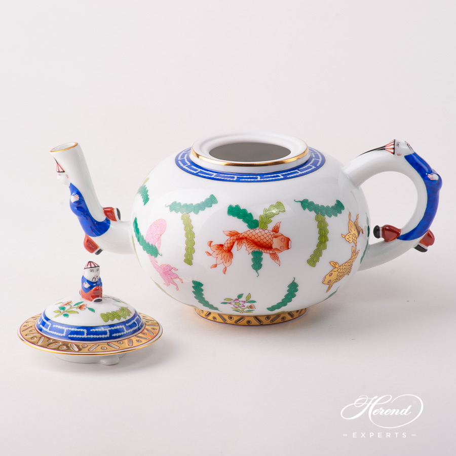 Tea Pot w. Mandarin Knob 3304-0-21 PO Fishes pattern. Herend fine china