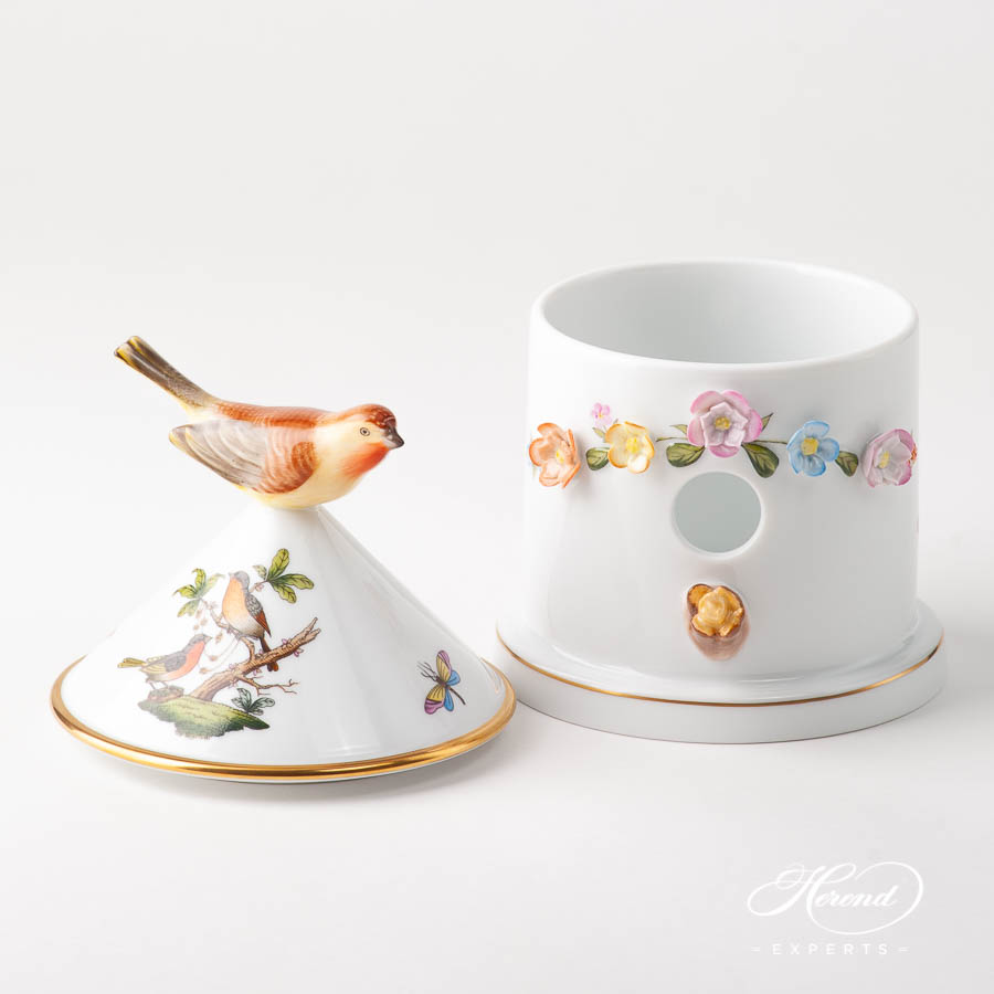 Fancy Box w. Applique Flowers 6067-0-91 RO Rothschild Special design. Herend fine china
