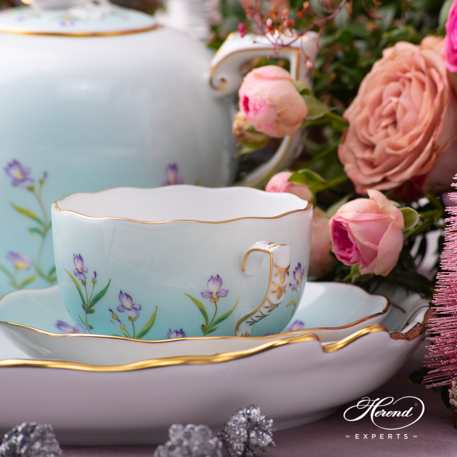 Herend Teacup painted with Iris Turquoise.