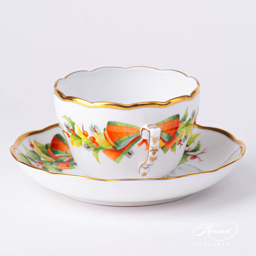 Tea / CoffeeCup with Saucer 20730-0-00 NOEL Christmas design. Herend fine china