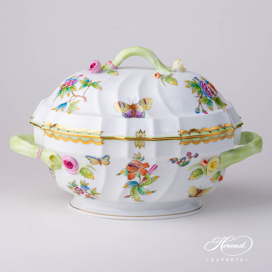Tureen with Branch Handle 1014-0-02 VBO Queen Victoria design. Herend fine china