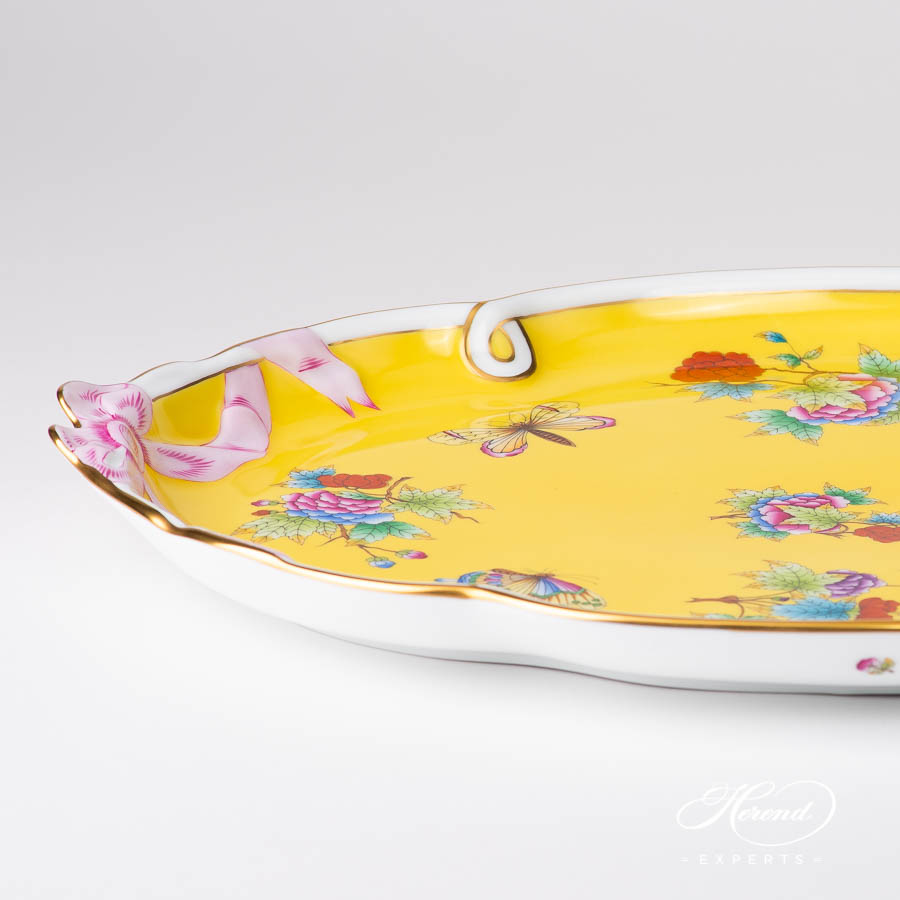 Tray w. Ribbon 20400-0-00 VE-FJ Queen Victoria on Yellow Background pattern. Herend porcelain
