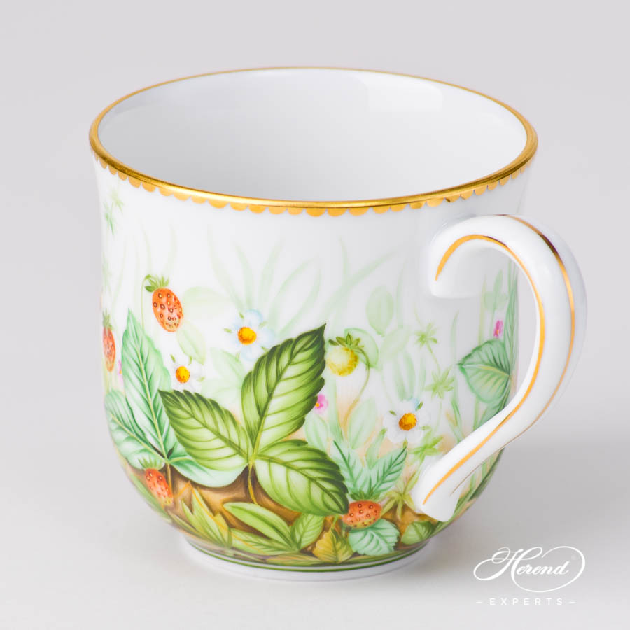 Universal Cup / Breakfast Cup 2739-0-00 FSB Strawberry pattern. Herend porcelain