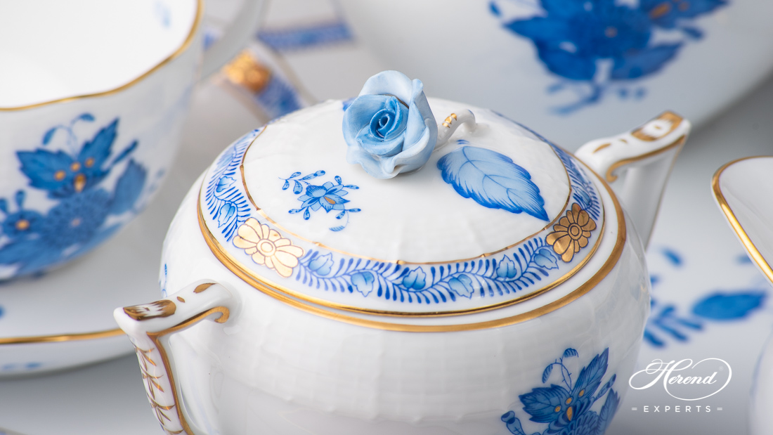 Herend Apponyi Blue (AB) tea set with rose handle on the sugar basin. The teapot has also rose handle.