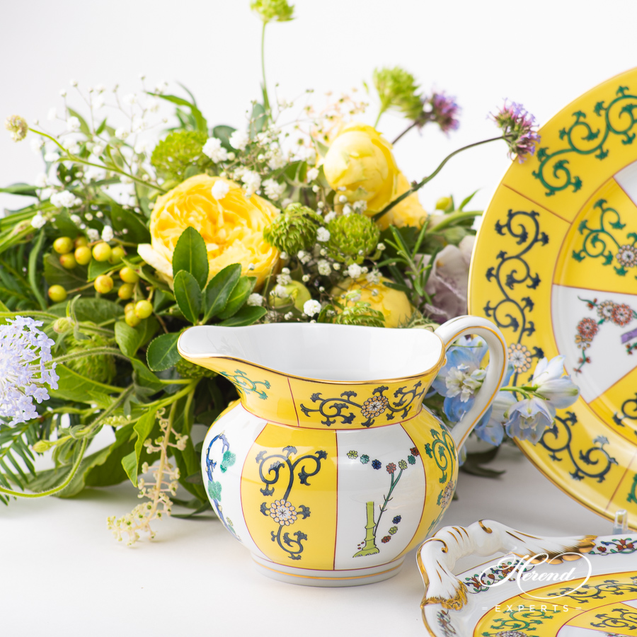Tea Set for 2 People - Herend Siang Jaune SJpattern. Classic design. Herend fine china