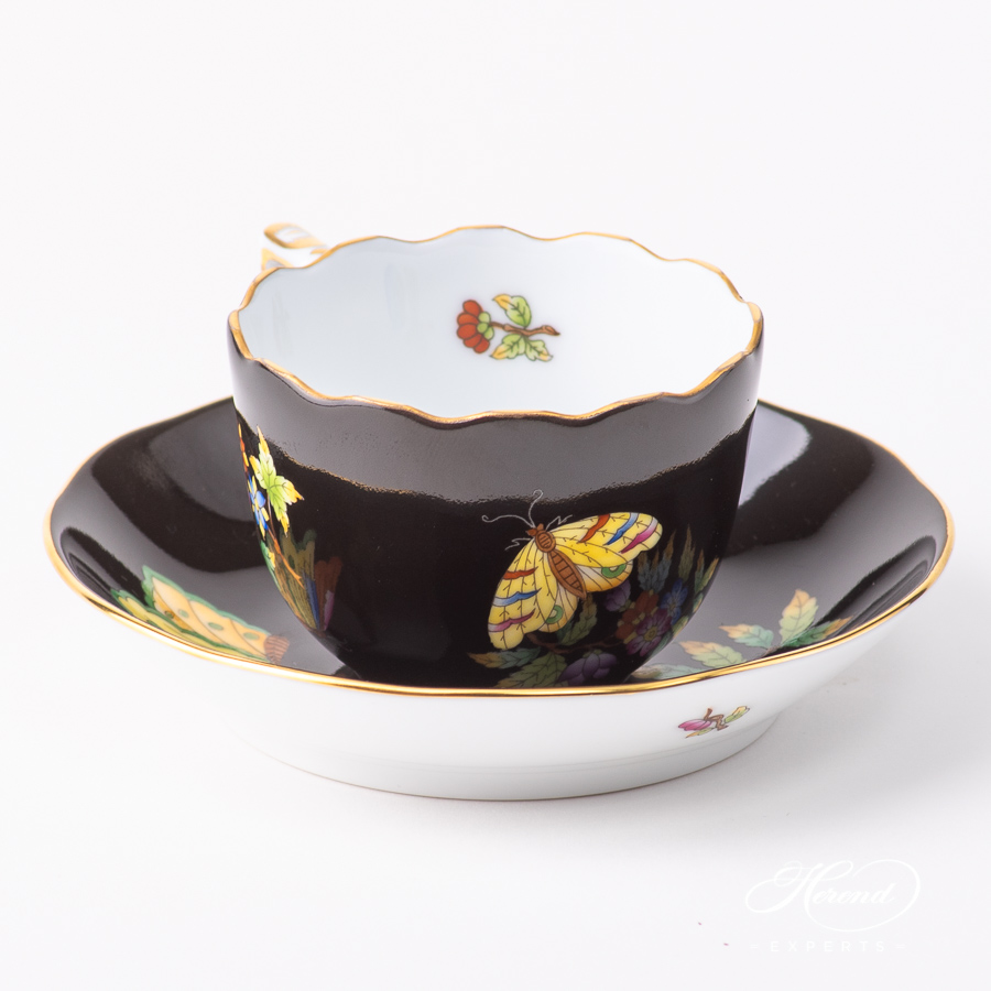 Coffee Cup with Saucer 20711-0-00 VE-FN Queen Victoria on a Black background pattern. Classic design. Herend porcelain
