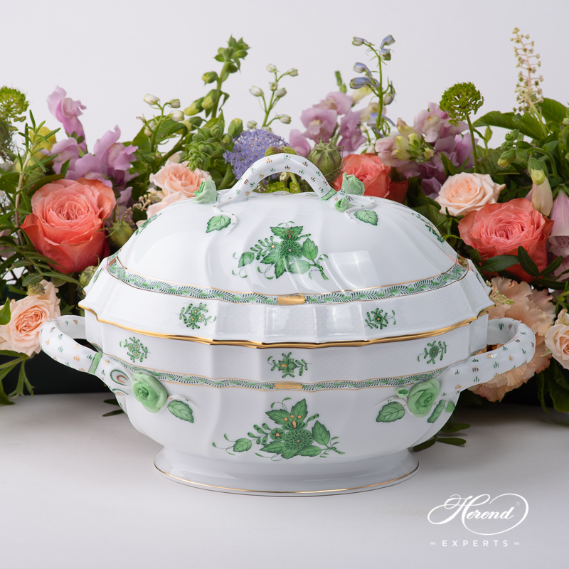 Tureenwith Branch Handle1014-0-02 AV Chinese Bouquet / Apponyi Green pattern. Classic design. Herend fine china